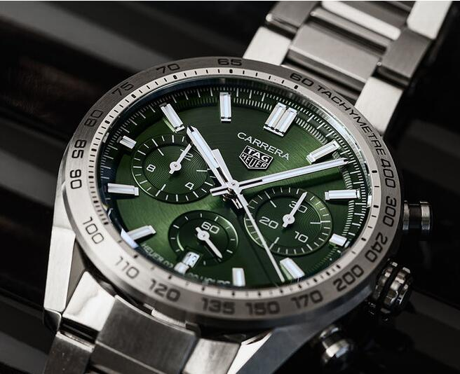 The Replica TAG Heuer Carrera Sport Automatic Chronograph Watches Introducing 1