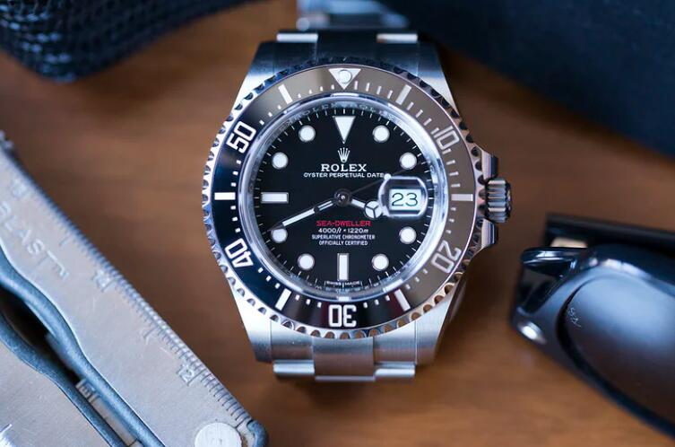 Introducing The Replica Rolex Sea-Dweller Calibre 3235 Oystersteel 43mm 126600 Watch 1