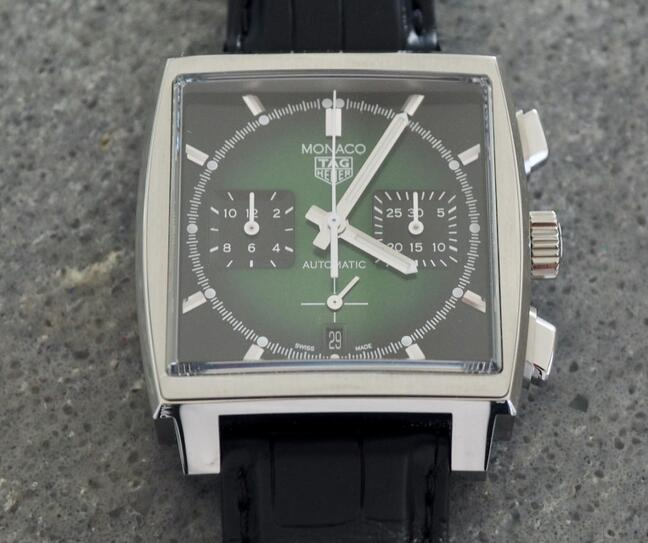 Limited Edition Replica TAG Heuer Monaco Calibre Heuer 02 Green CBL2116 Watch Review 1